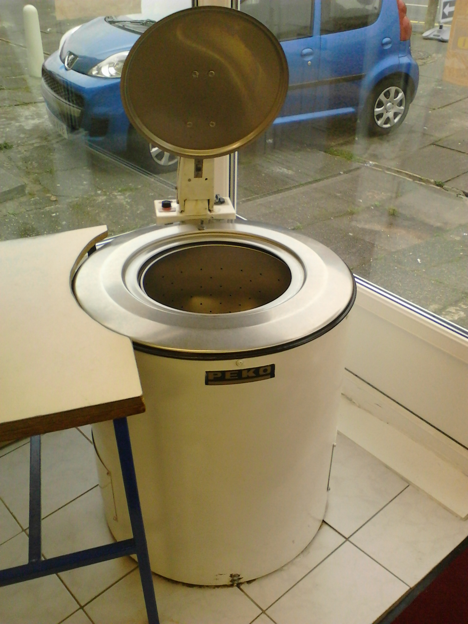 Kings Launderette Extractor.jpg
