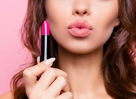 How to Choose the Right Lipstick for You