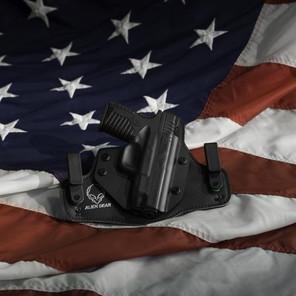 Quelles menaces démocratiques et sécuritaires font peser les groupuscules d'extrême droite aux USA?