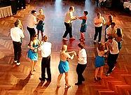 Salsa rueda - DanceFormers