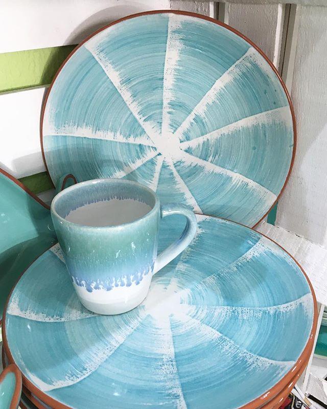 Cerâmica portuguesa azul turquesa