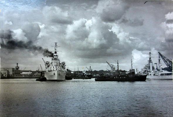 HMS Superb 1952
