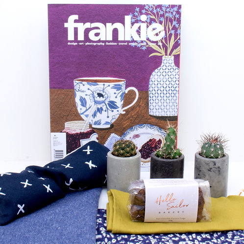 Large Gift Pack | Dark - Free Delivery