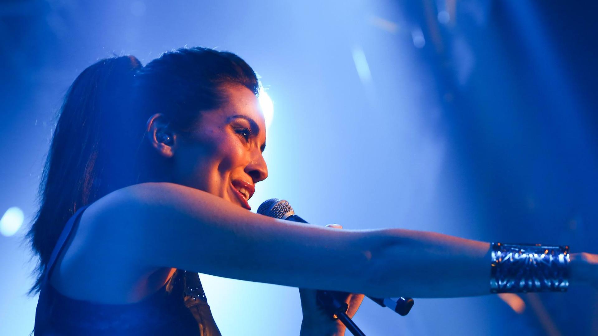 Live - Kim Kiona 17.jpg