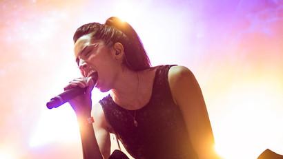 Live - Kim Kiona 8.jpg