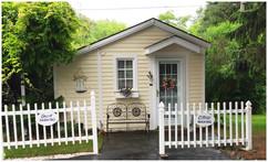cottage-front[1].jpg