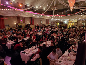 It was a sold out crowd for Valentine's Day