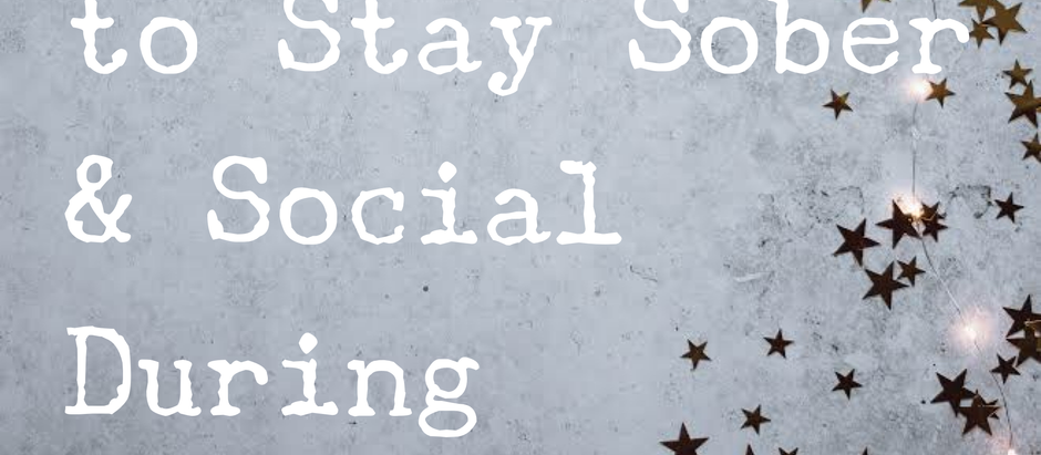6 Simple Tips to Stay Sober & Social During the Holidays