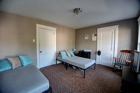VG Bedroom