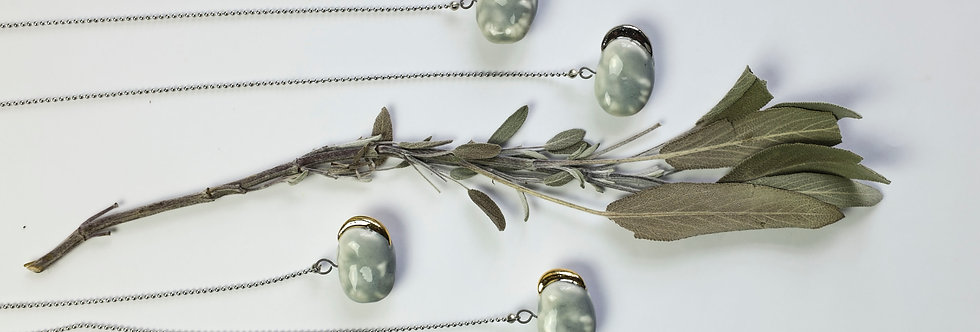 """SOLD! Necklace """"Gray beans with gold seedlings"""""""