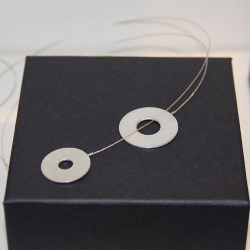 Minimalist Necklace 'intertwined' II