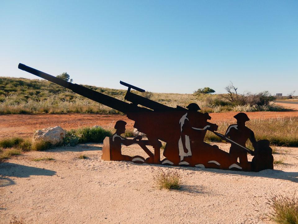 Exmouth-WW2_Potshot-cannon.jpg