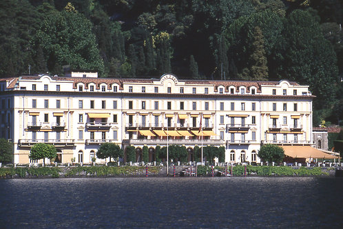 Cruise on lake Como by private boat