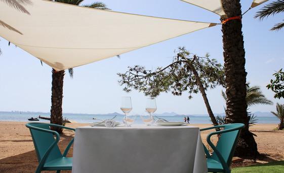 comer con vistas al mar kinita restaurant.jpg