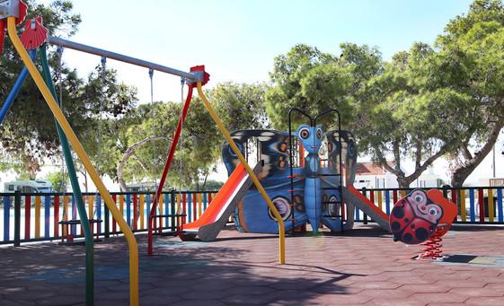 parque infantil zona de juego camping mar menor.jpg