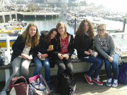 Torquay Mathilde, Léa, Coralie, Maude, Chloé.jpg