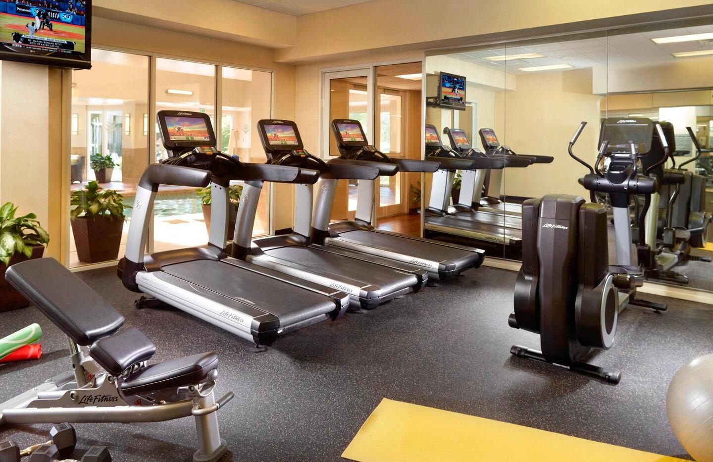 atleg-fitness-0110-hor-clsc.jpg