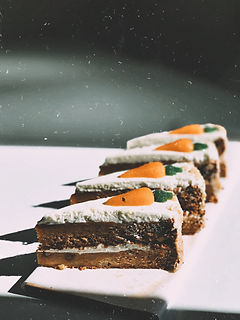 photo-of-four-sliced-carrot-cakes-261237