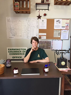 cindy-at-farmington-chamber-of-commerce-