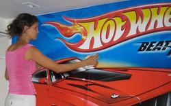 Instalando Hot Wheels