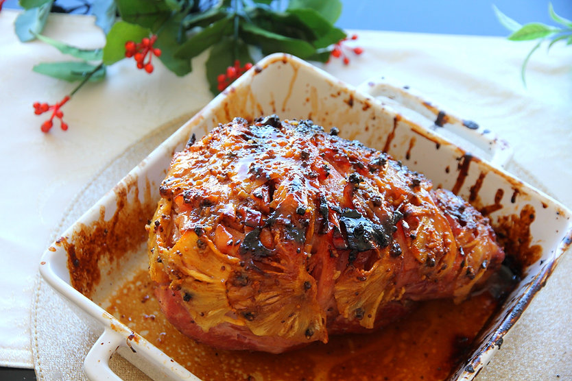 HAM WITH PINEAPPLE & SUGAR GLAZE