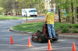 Oxner Landscaping & Maintenance