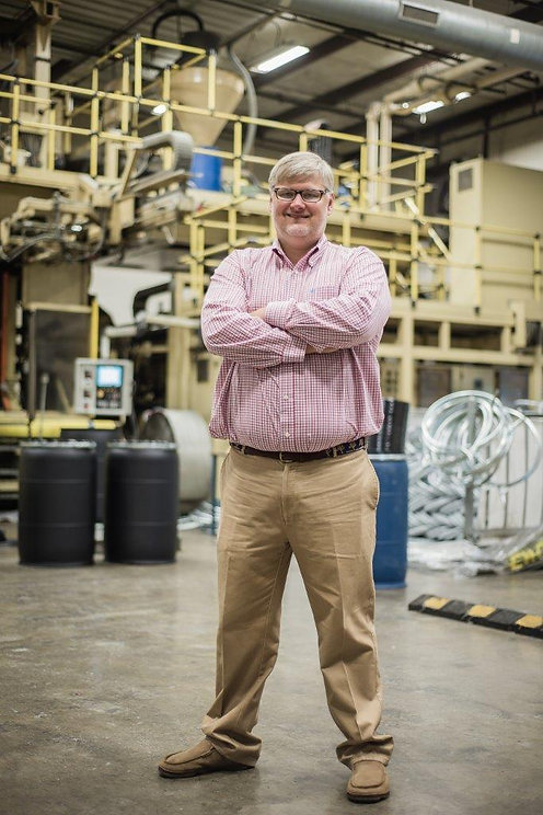 Large manufacturer & reconditioner of 220, 275, and 330 gallon ibc totes (wood, metal, and plastic pallets). Blayne Henderson is COO and co-founder of Encore Container.