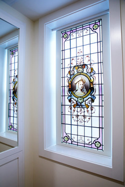 POSH Window with reflection