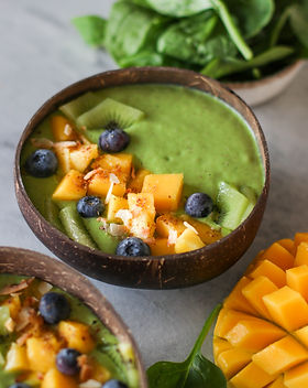 Mango Spinach Smoothie-3.jpg