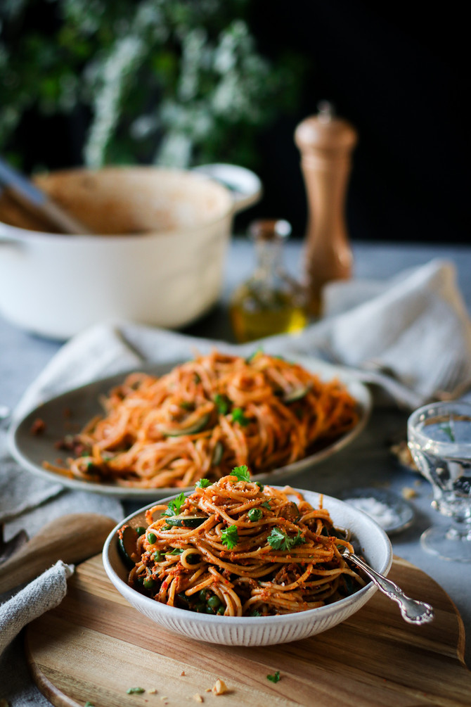 Grilled Red Pepper Pesto Pasta