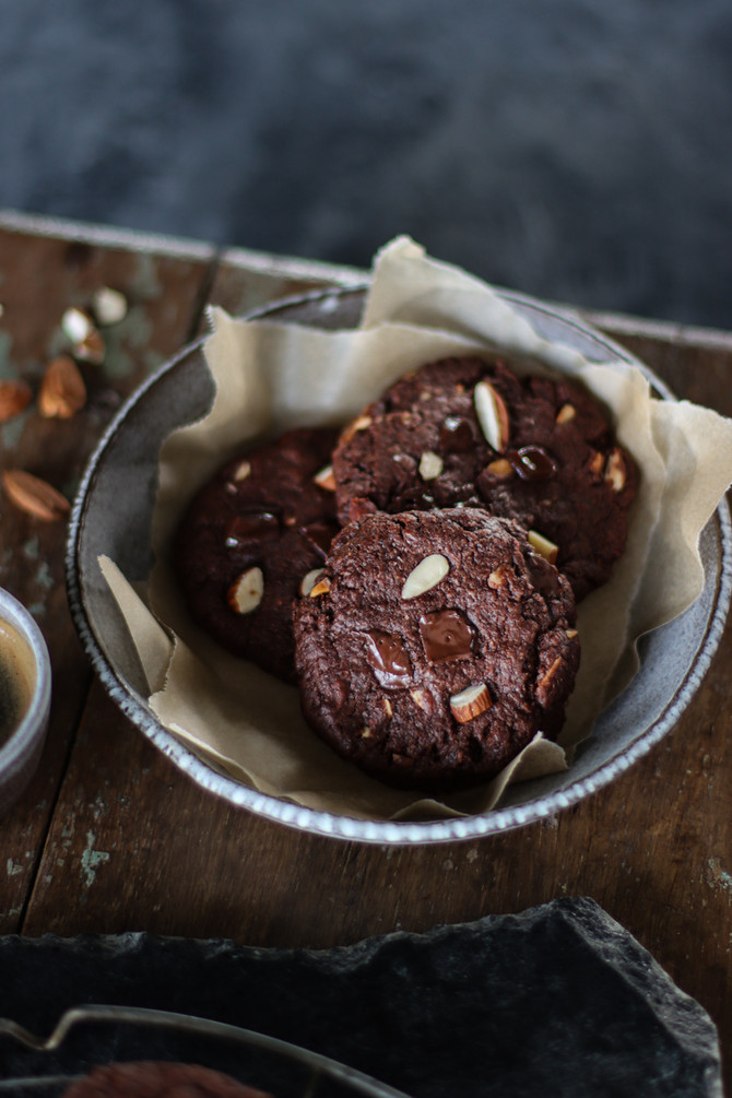 Almond Brownie Cookies