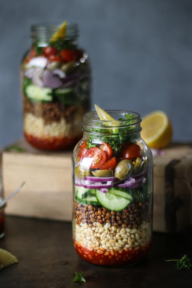 Easy Bulgur Salad In a Jar