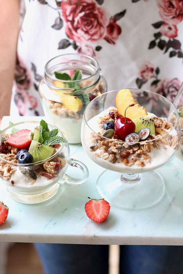 HEALTHIEST EVER GRANOLA » whole foods & oil-free