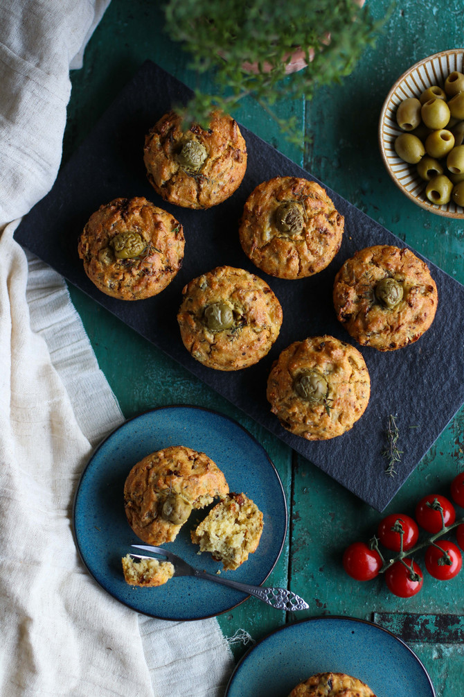 Savoury Sun-Dried Tomato & Olive Muffins