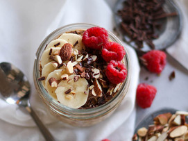 Almond Chocolate Overnight Oats