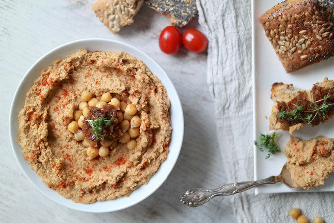 Caramelized Onion & Balsamic Hummus