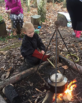 Willow's Forest Camp, Surrey - A place for your intrepid explorer to connect with nature