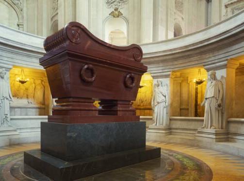 Bicentenaire de Napoléon : clivages et polémiques