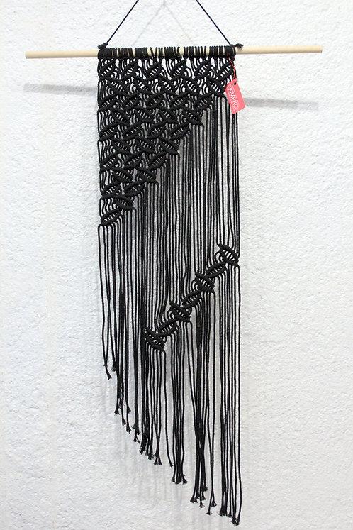 Macramé mural noir