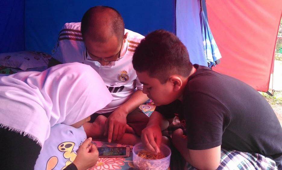 kegiatan mengajak anak camping