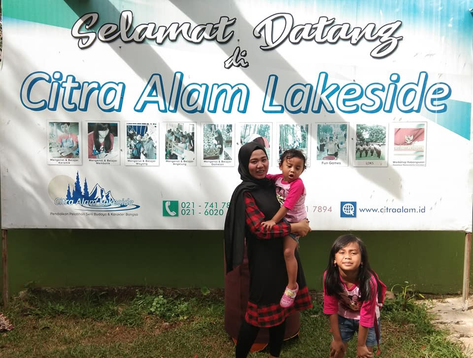 liburan keluarga di citra alam lakeside