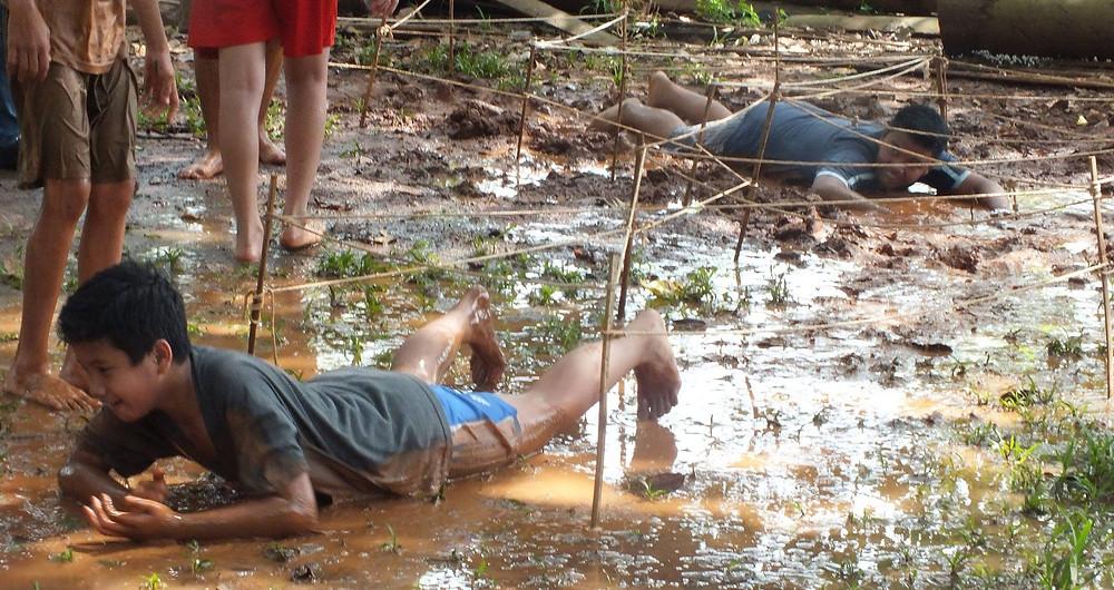 permainan merayap ditas lumpur Citra Alam Seaside