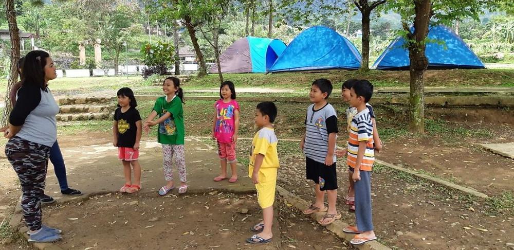 bermain pertanyaan dengan anak-anak
