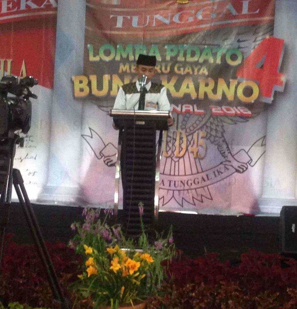 antusiasme peserta lomba dari lombok
