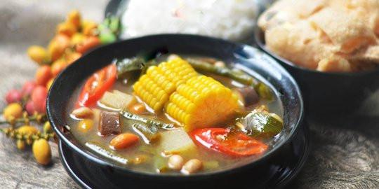hidangan tradisional dengan bahan alami yang menyehatkan