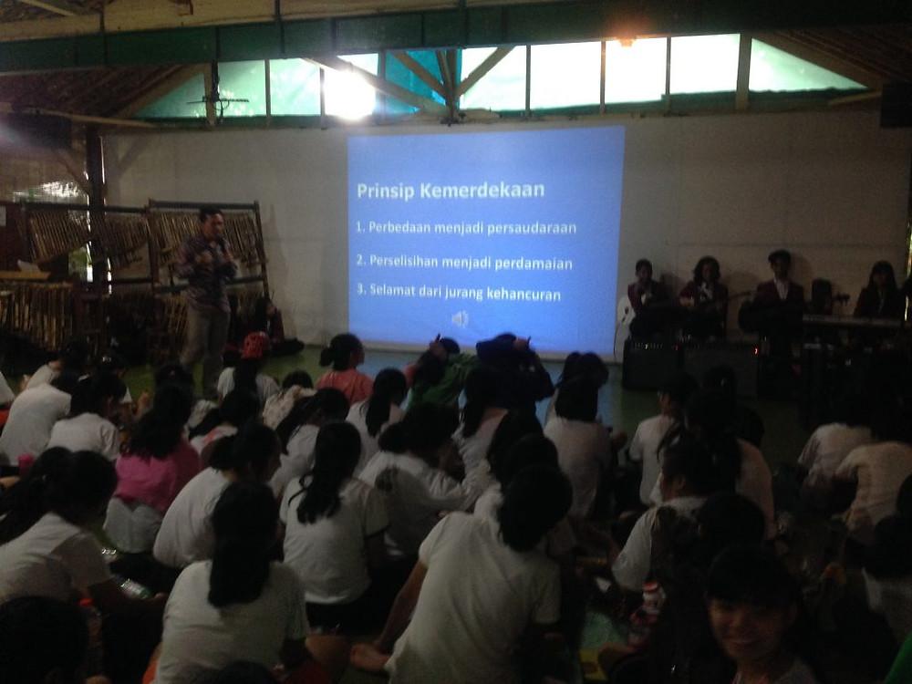 Camping sekolah edukatif Citra Alam Riverside