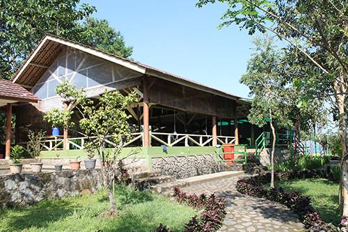 fasilitas aula besar citra alam riverside
