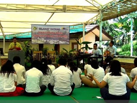 Cara Berbeda Gelar Ibadah Kebaktian Padang