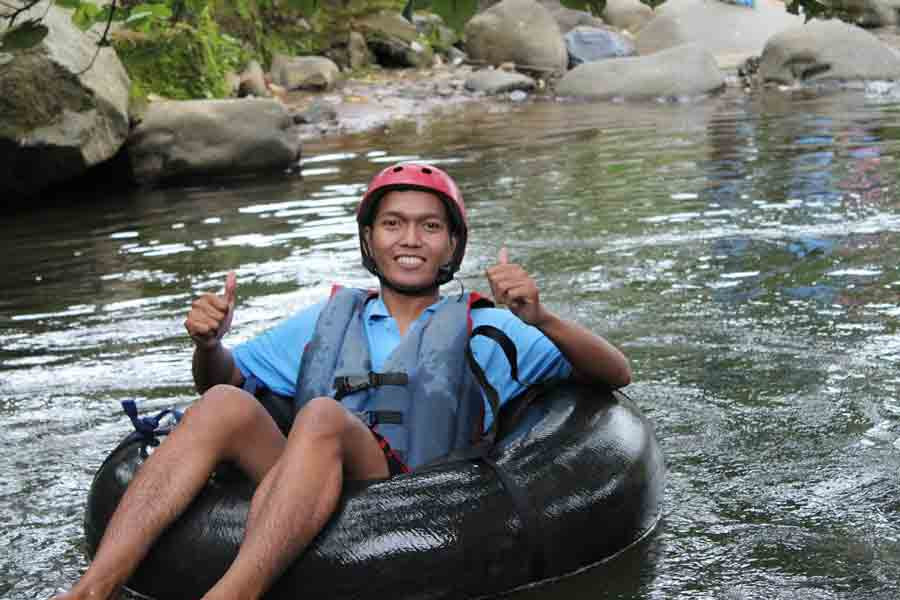 rafting donut di citra alam riverside