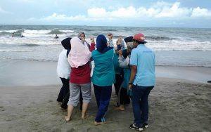 fun games di pantai tanjung tum citra alam seaside